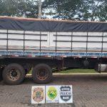 Caminhão com cigarros contrabandeados é apreendido na cidade de Entre Rios do Oeste