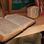 Bíblia fica intacta em incêndio que destruiu casa na terça-feira em Umuarama