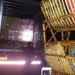 Polícia Ambiental apreende 550 caixas de cigarros, um caminhão e dois veículos em Xambrê
