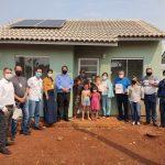 Famílias de Ubiratã recebem casas próprias sem nenhum custo