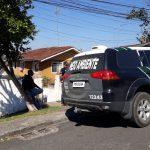 Polícia identifica homem acusado de matar e assar cão em forno; assista ao vídeo