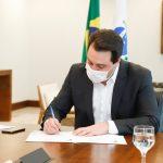 Governador do Paraná sanciona lei do Cartão Futuro Emergencial