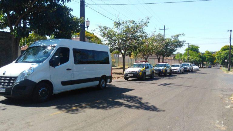 PM apreende veículos com contrabandos nas cidades de Cidade Gaúcha, Nova Olímpia e Mariluz