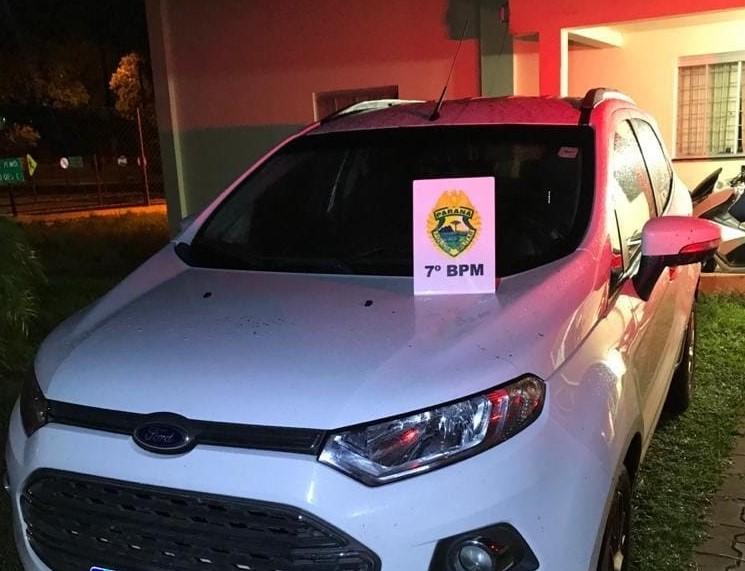 PM recupera carro roubado no mesmo dia em Campo Mourão