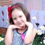 Menina de 8 anos morre após se enroscar em corda de balanço no Paraná