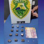 Após denúncia, PM apreende droga e prende traficante em Umuarama