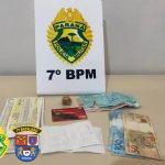 Homem acaba encaminhado por tráfico e PM apreende crack, maconha e cocaína em Tapejara